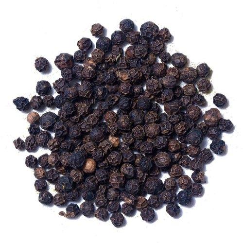 Black_peppercorns_almyra